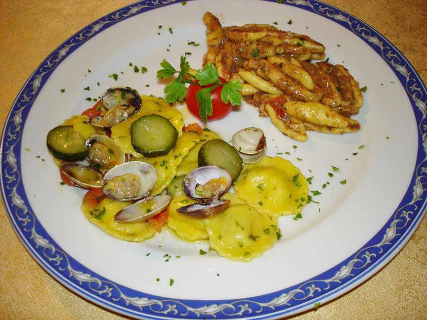 Bis di primi di Pesce ristorante la Tana Maratea